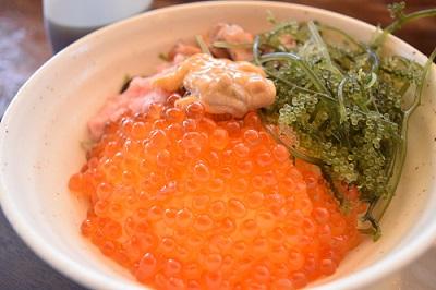 海の家YOSHIKA海鮮丼