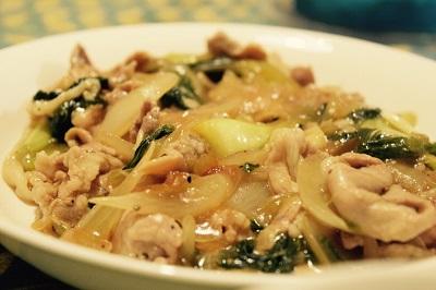チンゲン菜と豚肉の中華丼風あんかけ炒め